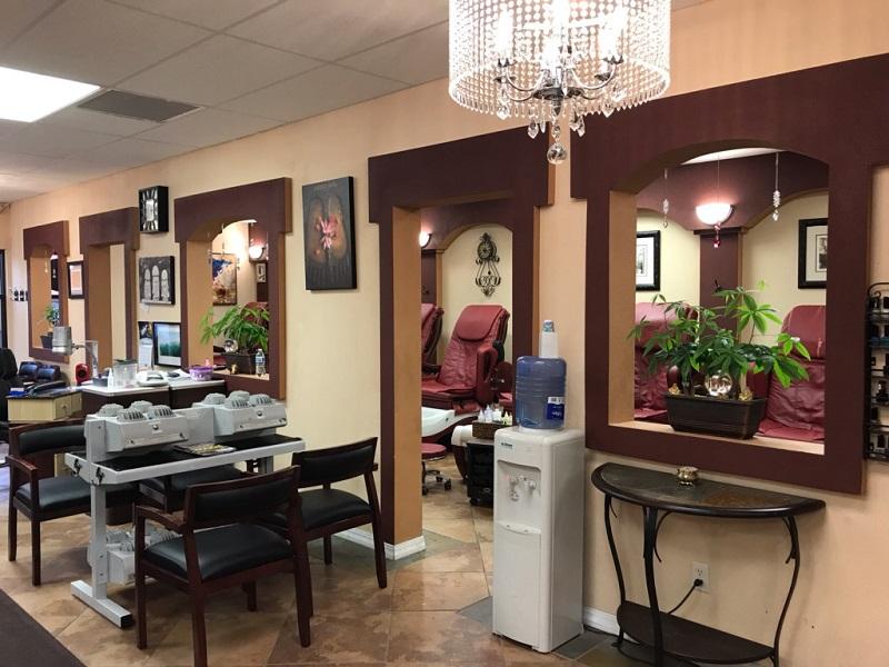 Nail Salon 56401 (2).jpg